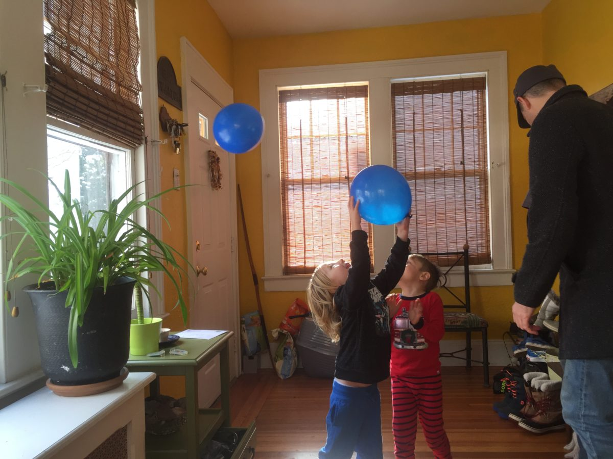 How to Host a Playdate: 10 Tips